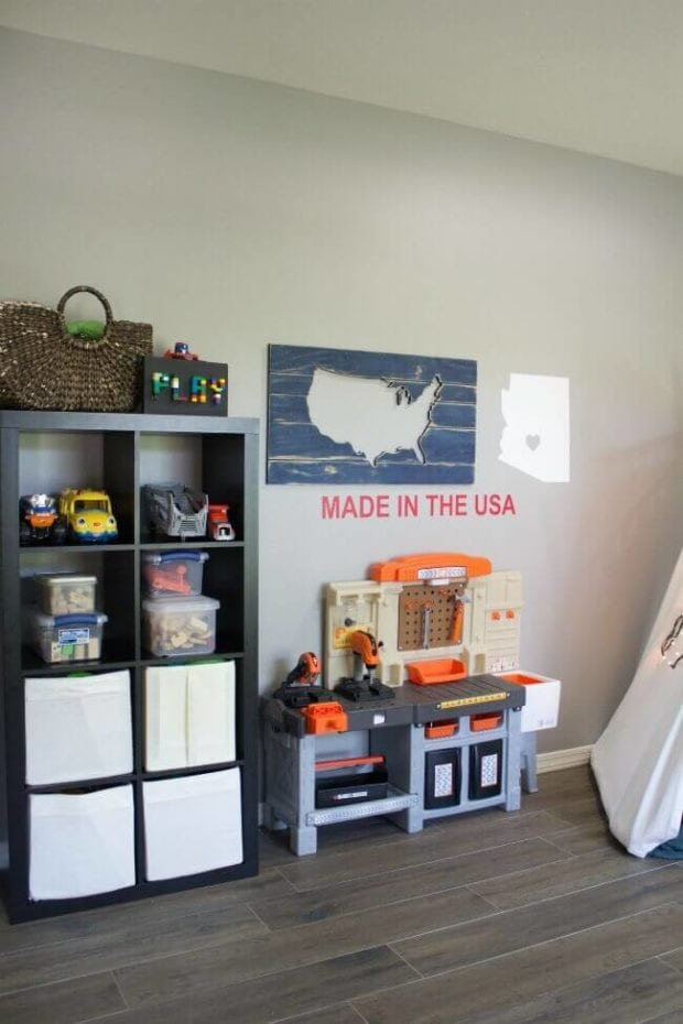 gorgeous playroom ideas for boys | spaceships and laser beams