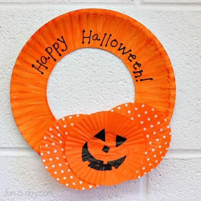 Halloween Paper Plate Wreath