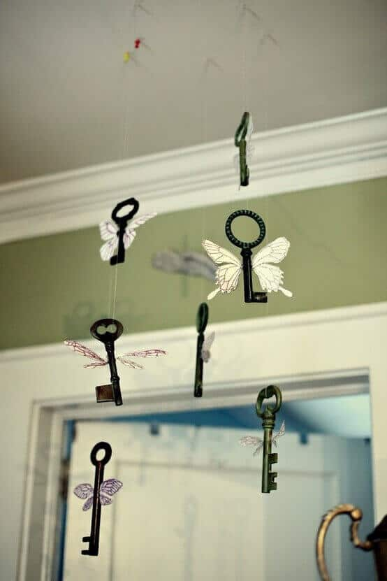 This magical decoration recreates a classic Harry Potter scene with a Floating Key Mobile