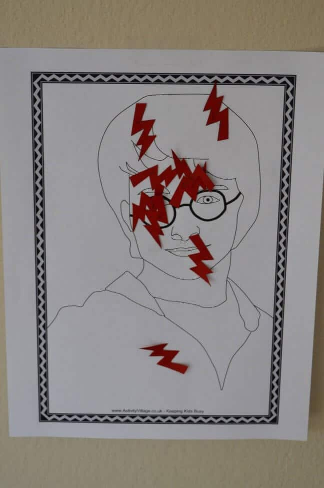 Pin the Lightning Bolt Scar on Harry Game
