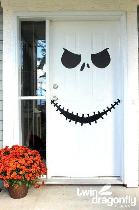 19 halloween door decorating ideas that are hauntingly - Jack skellington decorations halloween ...