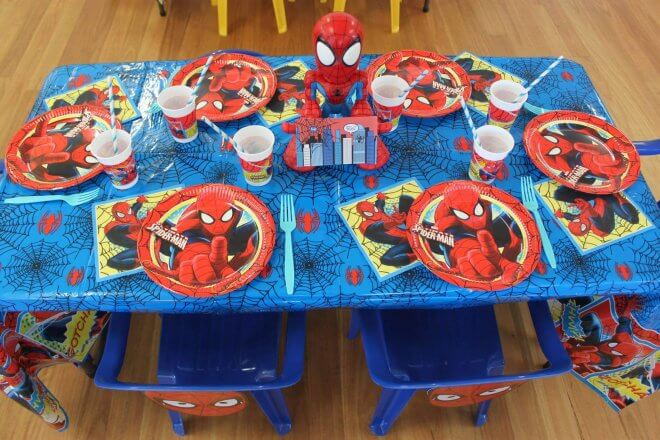 Boys Spiderman Birthday Party table