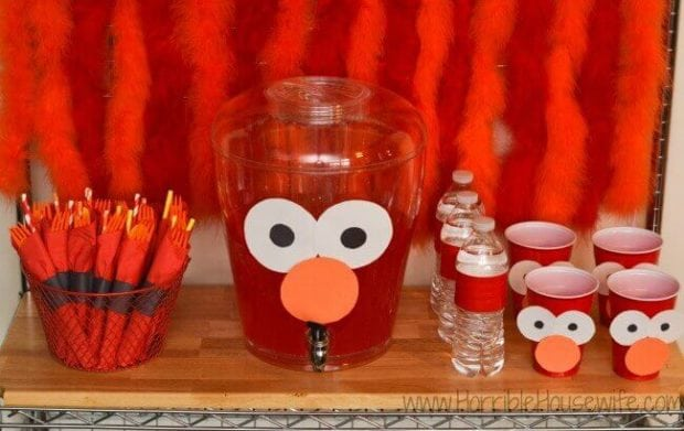 21 fabulous elmo birthday party ideas spaceships and laser beams elmo birthday party cups and drinks solutioingenieria Image collections