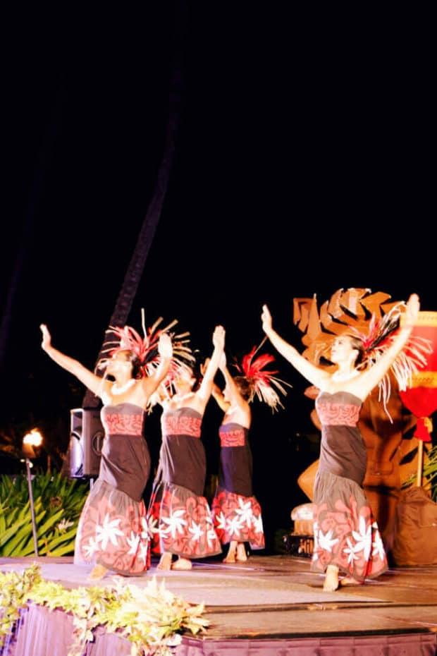 Dancers at Aulli Luau