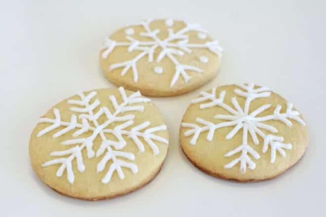 DIY Snowflake Cookies