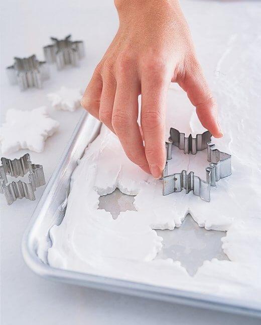 DIY Marshmallow Snowflakes