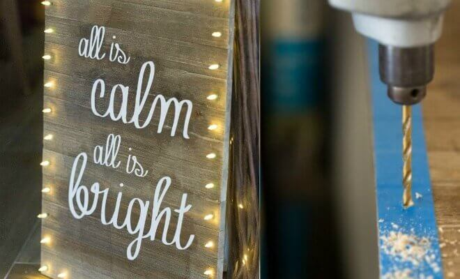 Christmas Lights DIY Board Sign