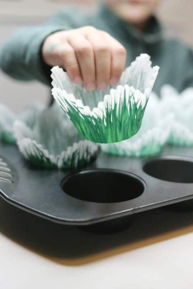 Grass Cupcake Liner
