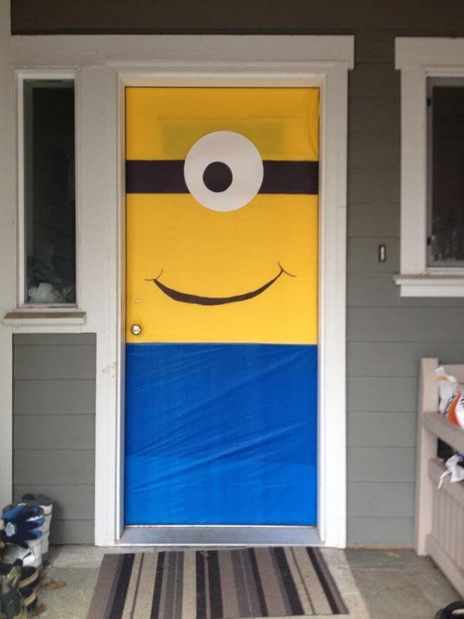 This Minion Door Decoration will get your guests into the theme before they even get inside.