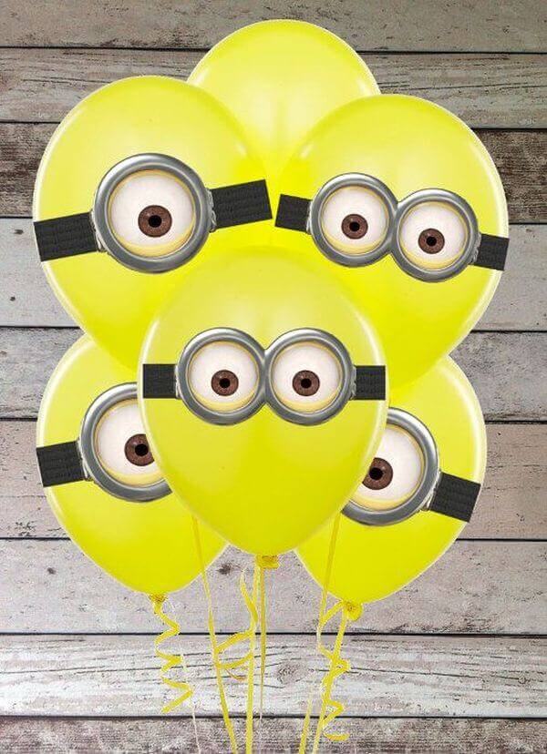These amazing Minion Balloons are easy and very festive. Perfect for a minion party.