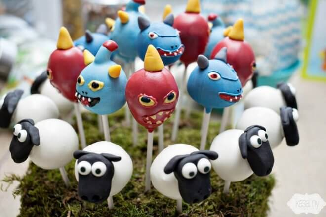 Skylander Giants Cake Pops