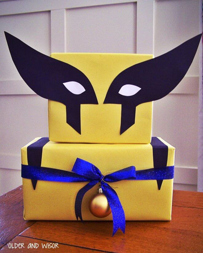 This Wolverine centerpiece is perfect for an Xmen-themed party.