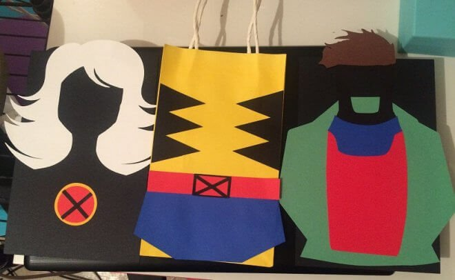 These XMen party favor bags are delightful - and you can make them yourself.