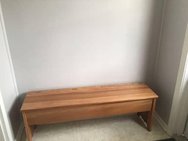 Homemade Bench for Mudroom