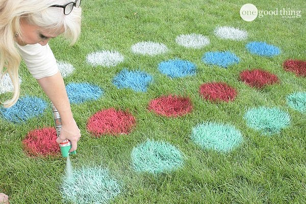 DIY Outdoor Lawn Twister