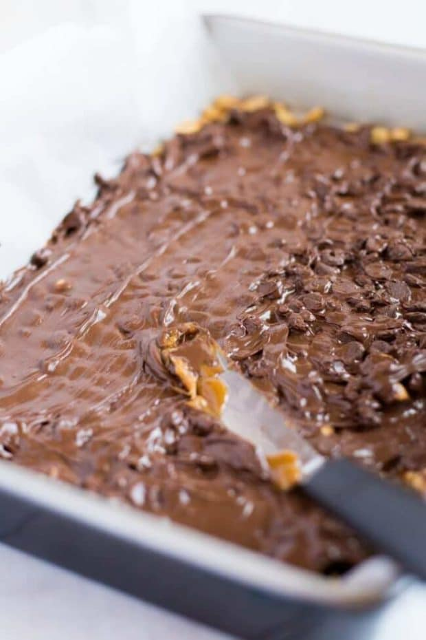 How to Make Chocolate Toffee