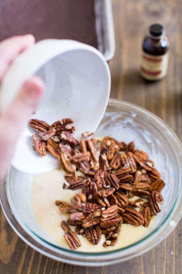 How to Make Chocolate Pecan Bars