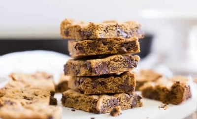 Easy Old Fashioned Chocolate Chip Cookie Bars