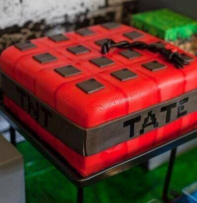 A train cake sitting on top of a table