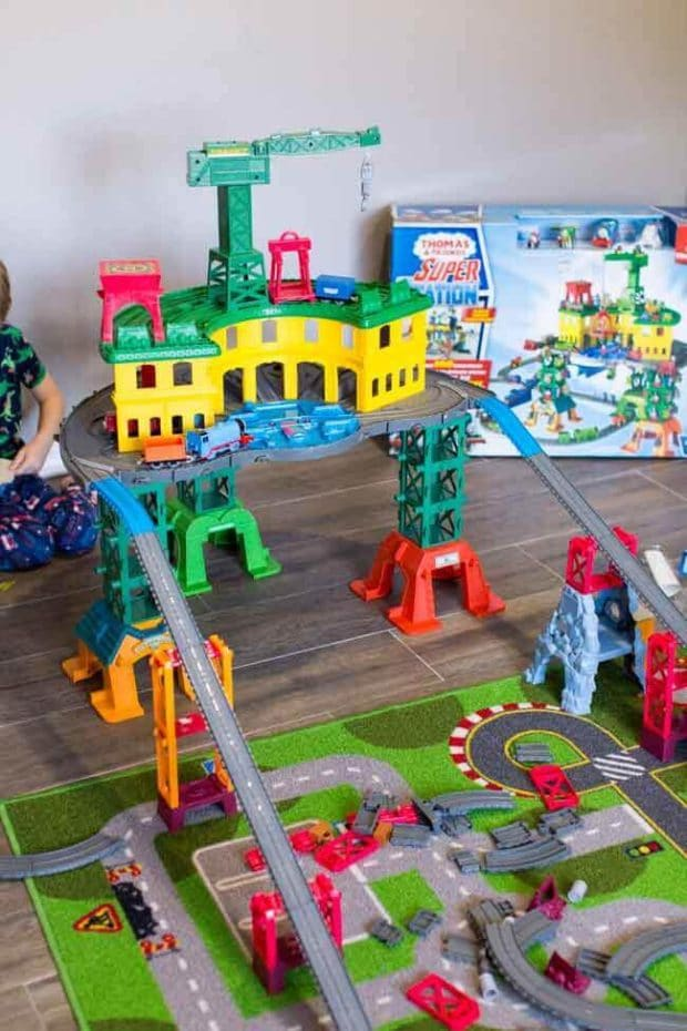 Super Station Thomas the Train Set