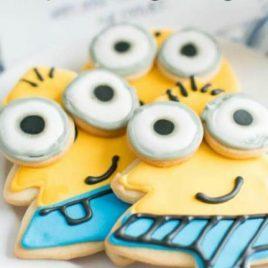 Minion Sugar Cookies for Christmas
