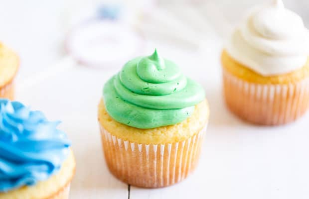 Easy Homemade Vanilla Cupcake Recipe