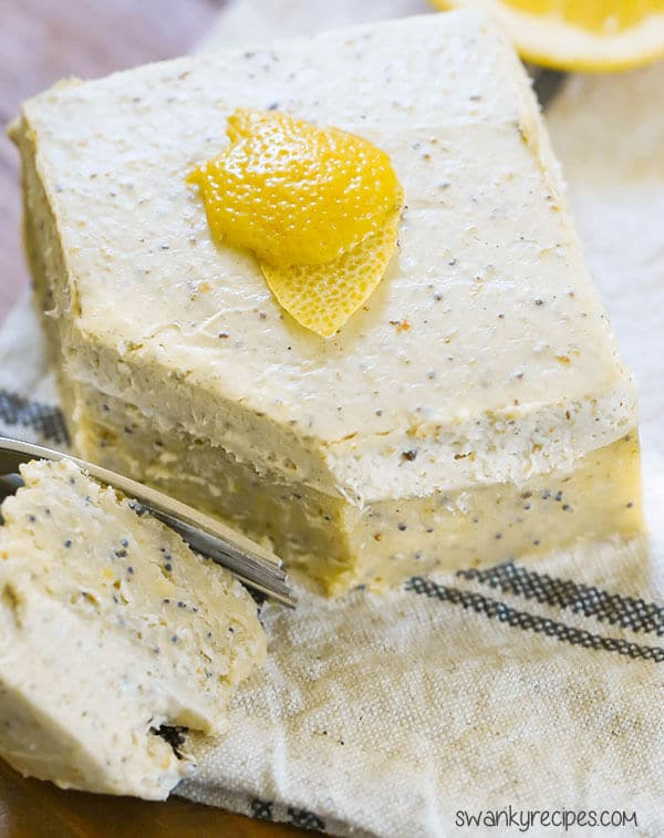 Lemon Keto Cake