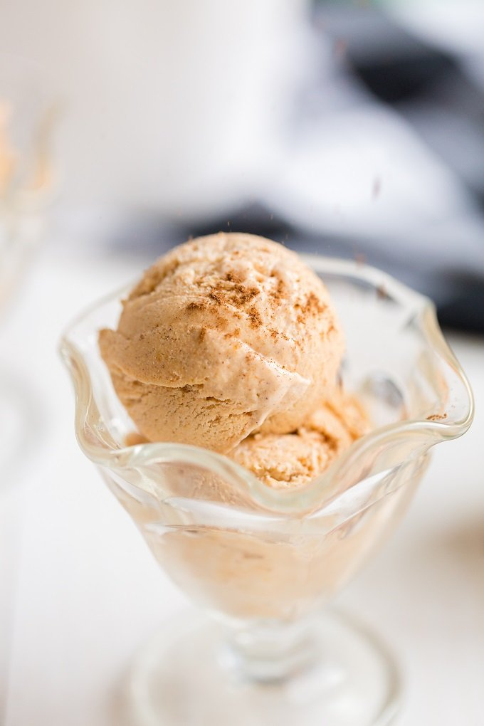Homemade No Churn Pumpkin Ice Cream