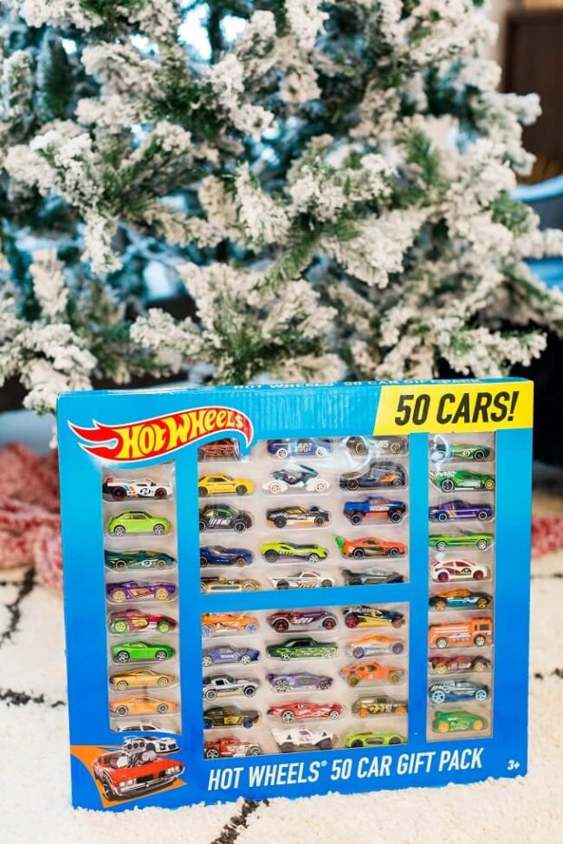 Hot Wheels Mega Pack