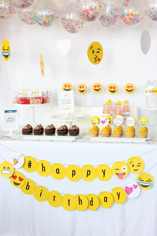 emoji party decorations