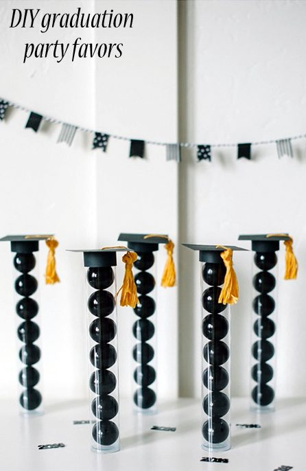DIY Graduation Party Favors by No Biggie | 19 of the Best Graduation Party Favor Ideas