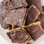 close up shot of ritz cracker toffee
