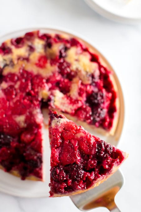 How to Serve Berry Upside Down Cake