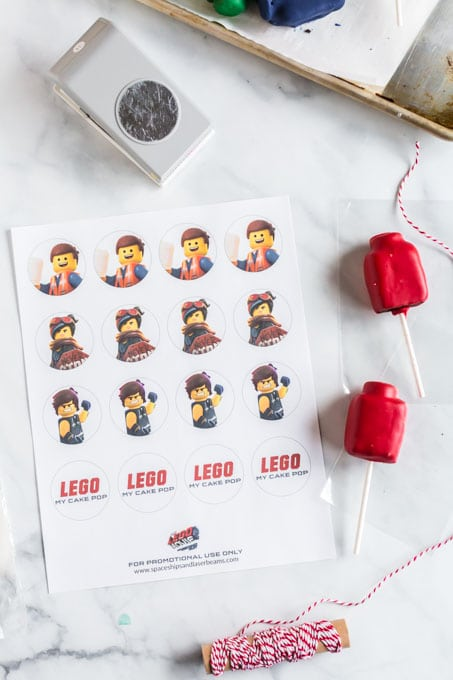 LEGO Printable for Cake Pops