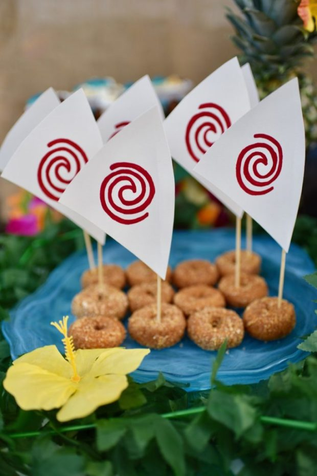 Disney Moana Party from Make Life Lovely | The Best Moana Birthday Party Ideas