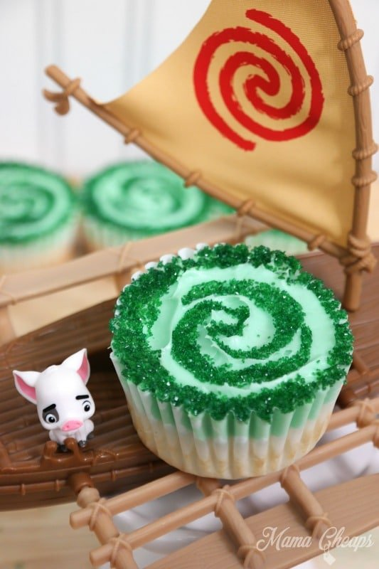 Moana Cupcakes froM mama cheaps | The Best Moana Birthday Party Ideas