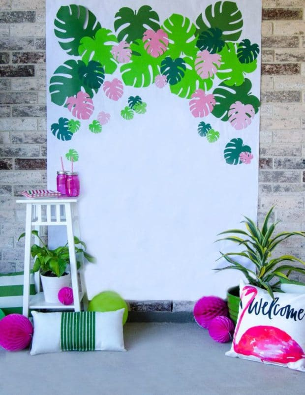Tropical Palm Backdrop from Love the Day | The Best Moana Birthday Party Ideas