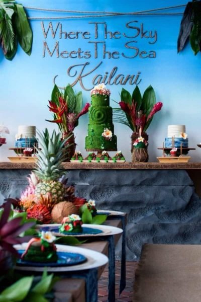 moana birthday party cake table