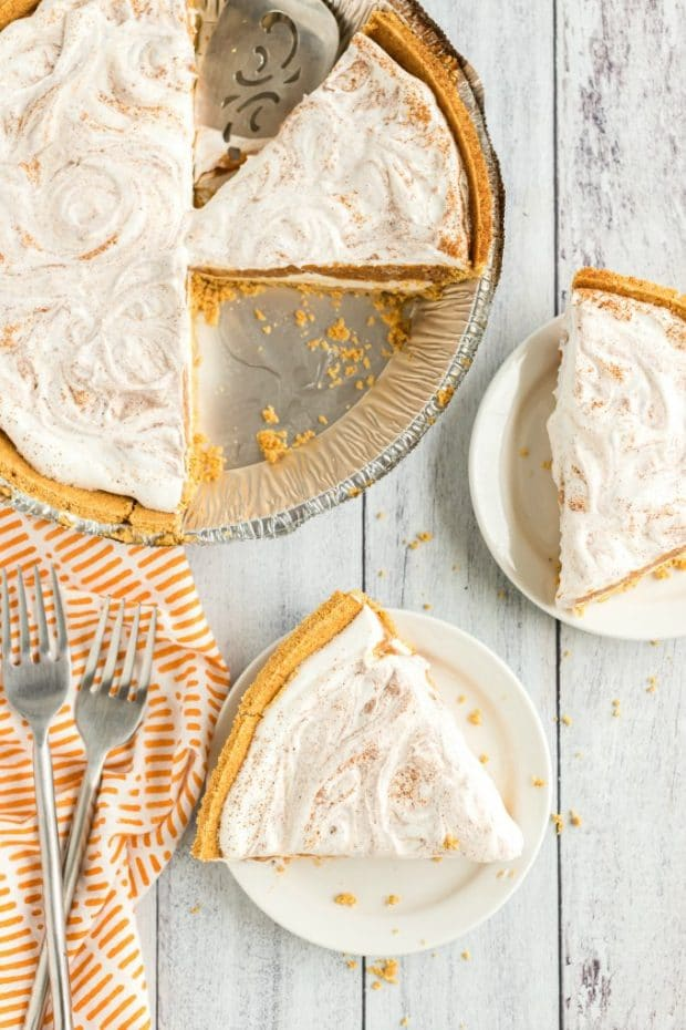 cool whip pumpkin pie sliced