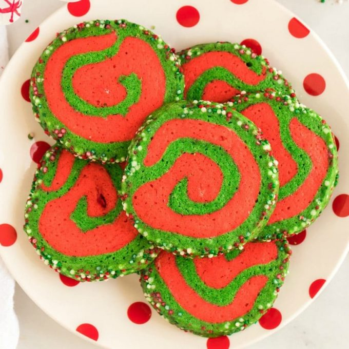 Christmas Pinwheel Cookies.Christmas Pinwheel Cookies