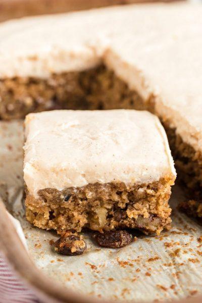 Applesauce Cake Featured