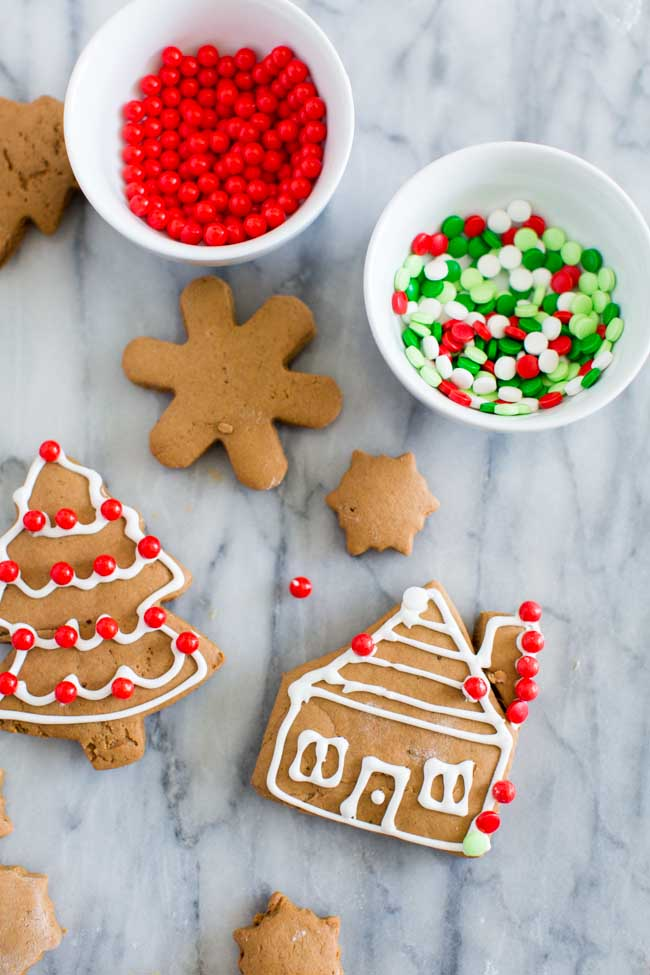 Decorating Soft Gingerbread Cookies