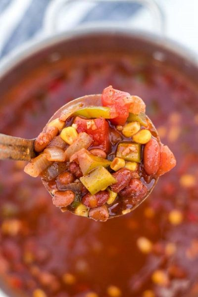 Vegetarian Chili Featured