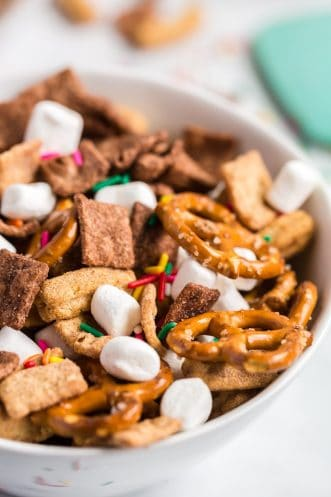 Cereal Mix Featured