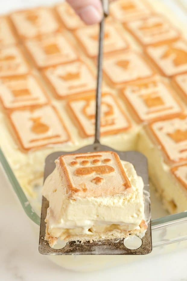 CHESSMAN BANANA PUDDING BEING SERVED