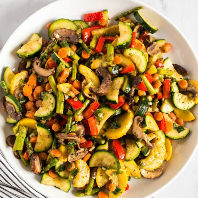 bowl of colorful sauteed vegetables