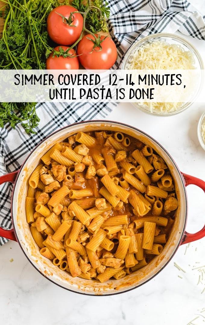 one pot chicken parmesan pasta process shot