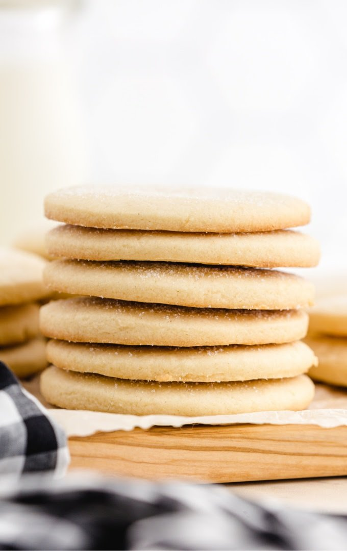 no spread sugar cookies stacked on top of each other