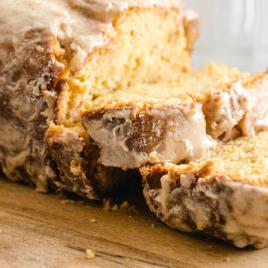 close up shot of eggnog bread