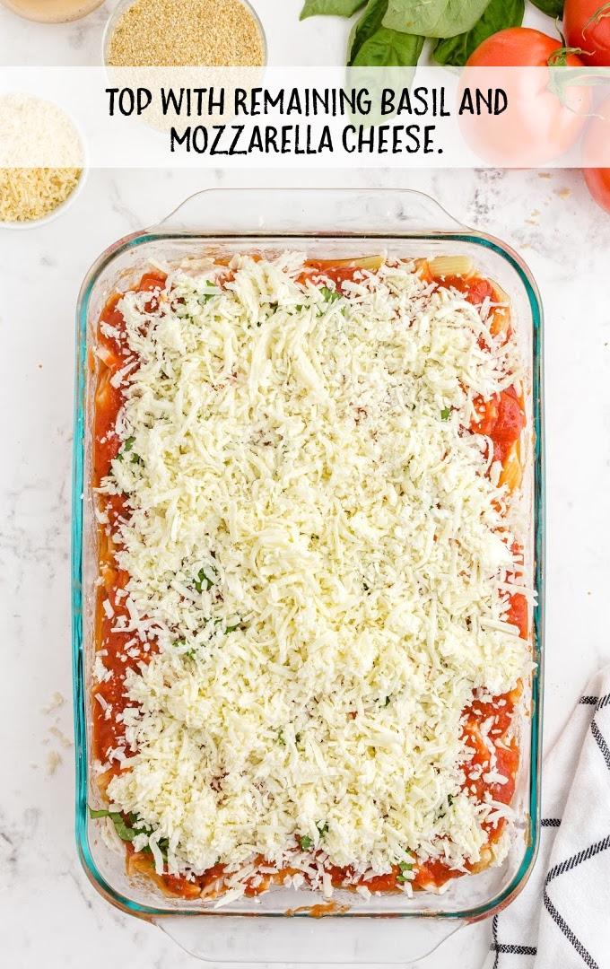 chicken parmesan casserole process shot
